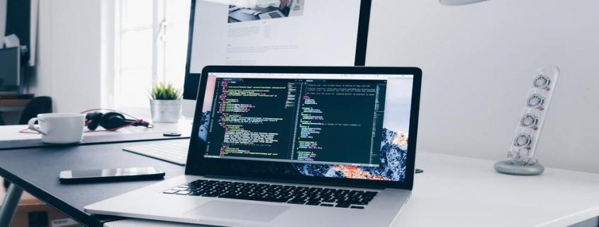 L'externalisation de votre maintenance web est la solution la plus appropriée, plus encore dans le contexte économique actuel.